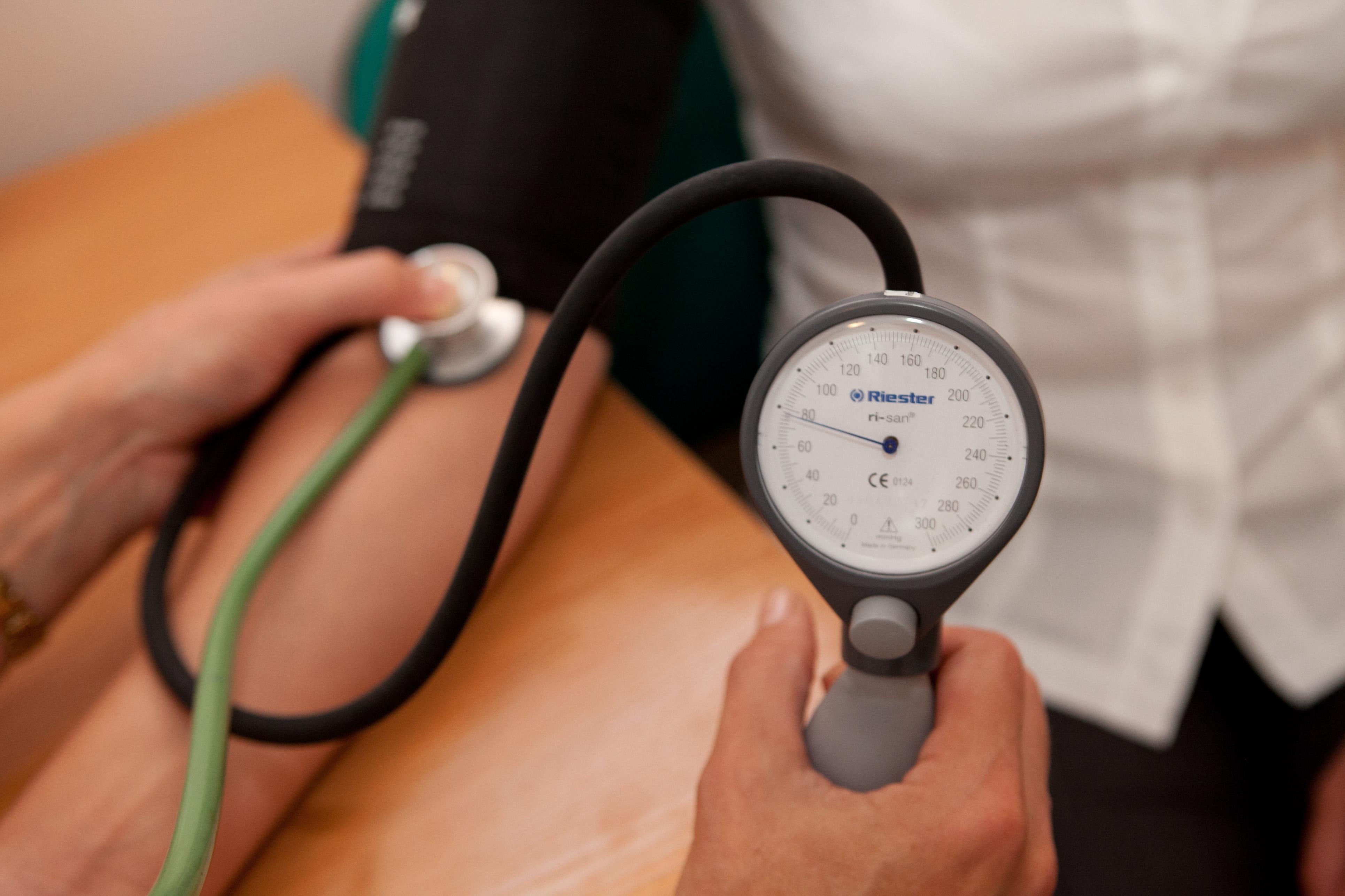 mokslinės rekomendacijos gydant hipertenziją kas skiriama vyresnio amžiaus žmonių hipertenzijai