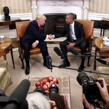 D. Trumpas kaltina B.Obamą dėl lėtai vykstančio užsikrėtusiųjų koronavirusu nustatymo