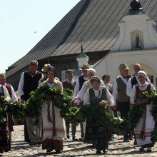 Žolinė Rumšiškėse: gėlynais kvepiančios mišios, kermošius ir lietuviškos tradicijos