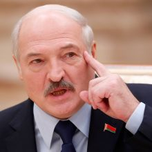 A. Lukašenka: belaisvių neimsime
