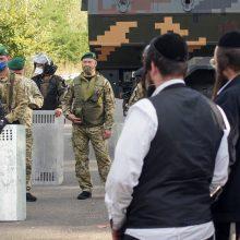 Žydų chasidų piligrimai pradėjo trauktis iš Ukrainos pasienio