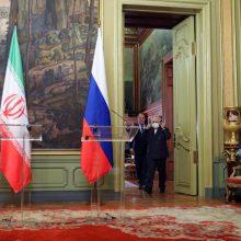 Rusija žada plėtoti karinį bendradarbiavimą su Iranu