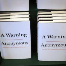 """Vašingtono """"Anonimas"""" pasirodė esąs buvęs D. Trumpo administracijos pareigūnas"""