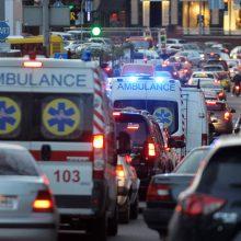 Ukrainoje – nauji per parą patvirtintų COVID-19 atvejų ir mirčių rekordai