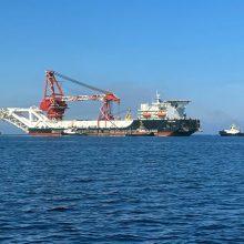 """Rusijos laivas nutiesė """"Nord Stream 2"""" atkarpą Vokietijos vandenyse"""