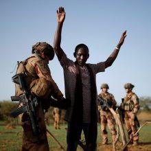 Prancūzija: kariai Malyje nukovė svarbų džihadistų lyderį