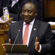 Izoliuojasi Pietų Afrikos prezidentas