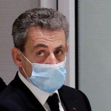Prancūzijos eksprezidentas N. Sarkozy teisme neigė bandęs papirkti teisėją