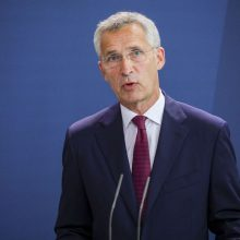 J. Stoltenbergas: NATO vasarį spręs dėl galimo pasitraukimo iš Afganistano
