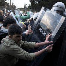 Stambule po studentų protestų sulaikyta 17 žmonių