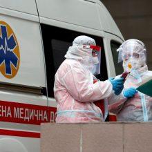 Ukrainoje vėl užregistruota rekordiškai daug naujų COVID-19 atvejų