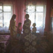 Dėl COVID-19 visame pasaulyje skursta dešimtys milijonų vaikų