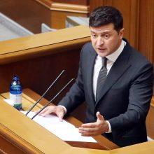 V. Zelenskis: Ukraina pradeda statyti dvi naujas karines bazes