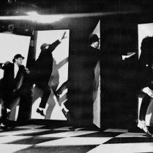 """O. Koršunovo """"Ten būti čia"""" atgimsta virtualiai: spektaklis, kurį atkūrus nepriklausomybę citavo pats V. Landsbergis"""