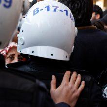 Turkijoje dėl įtariamų ryšių su kurdų kovotojais sulaikyta 718 žmonių