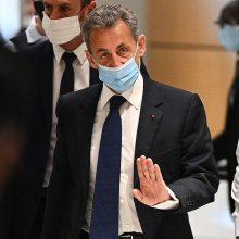 Prancūzijos eksprezidentas N. Sarkozy nuteistas metus kalėti už korupciją