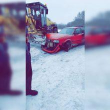 Avarija Alytuje: kelio nepasidalijo sniego valytuvas ir lengvasis automobilis