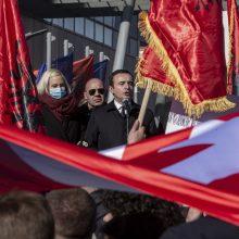 Prieš isteblišmentą pasisakanti Kosovo partija artėja prie tvirtos pergalės rinkimuose