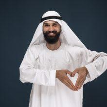 Internetu prasidėjo pirmoji arabų mados savaitė vyrams