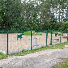 Keturkojų džiaugsmui Vilniuje – dvi naujos ir dvi renovuotos vedžiojimo aikštelės