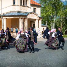 Palanga kviečia pasišokti: savaitgalį vyks tarptautinis liaudiškų šokių festivalis