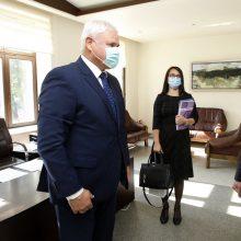 V. Grubliauskas susitiko su Moldovos ambasadoriumi: kalbėjo apie glaudesnius ryšius