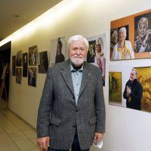 Klaipėdoje E. Maciaus darbų paroda: gyvenime svarbiausia – žmogus