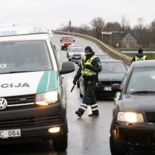 Daugėjant COVID-19 atvejų Vyriausybė svarsto lokalių karantinų įvedimą