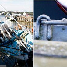 Dangės upėje skendęs laivas pažėrė klausimų: kalta krantinė?