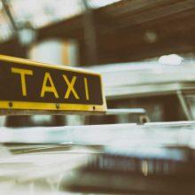 Klaipėdos taksi įmonių vadovai bus teisiami dėl apgaulingos apskaitos, turto pasisavinimo