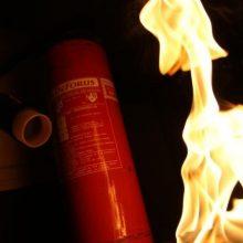 Žvejybos uosto rajone įtariamas padegimas: gaisras kilo bendrabutyje