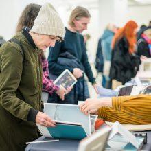 """Trečiojoje meno leidinių mugėje """"Kaunas Art Book Fair"""" – refleksijos apie meno leidinių archyvą"""