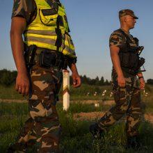 Į Lietuvą neįleisti 24 migrantai, apgręžta ir per pasienio punktą ėjusi kamerūnietė
