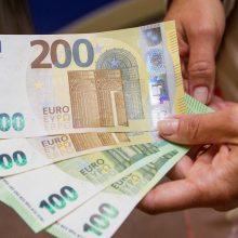 Pasirašomas memorandumas dėl atlyginimų nemažinimo