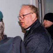 Korupcija įtariamas E. Laužikas skundžia atleidimą iš teisėjo pareigų