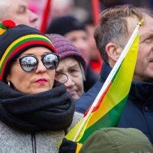 Šimtai Prancūzijos lietuvių šventė nepriklausomybės trisdešimtmetį