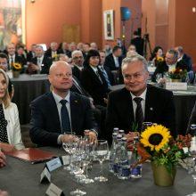 Ginčai dėl J. Narkevičiaus smukdo premjero ir prezidento reitingus