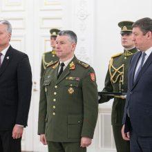 NATO atnaujinus gynybos planą, prezidentas susitinka kariuomenės vadu