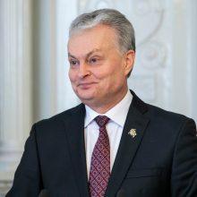Tarp prezidento siūlymų Seimui – viešųjų pirkimų reforma, laisvadienis tėvams