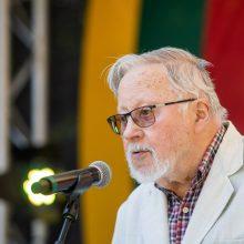 Teisės komitetas pritarė projektui dėl valstybės vadovo statuso V. Landsbergiui