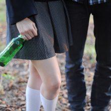 Lietuvos mokiniai – alkoholio vartojimo lyderiai, įspėja apie naują priklausomybę