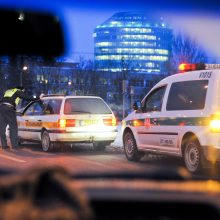 Girtų vairuotojų gatvėse netrūko ir pirmąją naujųjų metų savaitę