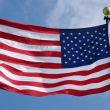 JAV ambasadoriumi Lietuvoje siūlomas diplomatas, Estijoje atidaręs gėjų festivalį
