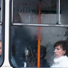 Dėl viruso grėsmės didieji miestai papildomai dezinfekuoja viešąjį transportą