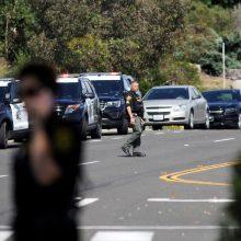 Kalifornijos sinagogoje – šūviai: 19-metis nušovė žmogų ir dar tris sužeidė