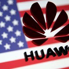 """""""Reuters"""": JAV ambasadorė spaudė Lietuvos Vyriausybę dėl """"Huawei"""""""