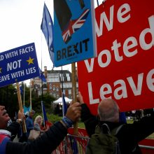 """G. Nausėda sako, kad pritartų """"Brexito"""" termino atidėjimui"""