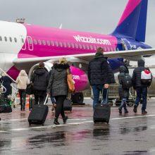 """""""Wizz Air"""" stabdo skrydžius iš Vilniaus iki balandžio pabaigos"""
