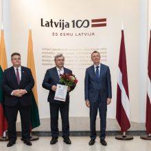 Buvusiam Latvijos ambasadoriui A. Sarkaniui – Baltų apdovanojimas