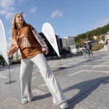 Judėjimo sveikuoliai okupavo Vienybės aikštę: kai kurie jų tokiais tapo tik šiandien